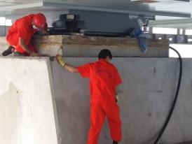 支座钢板喷砂除锈